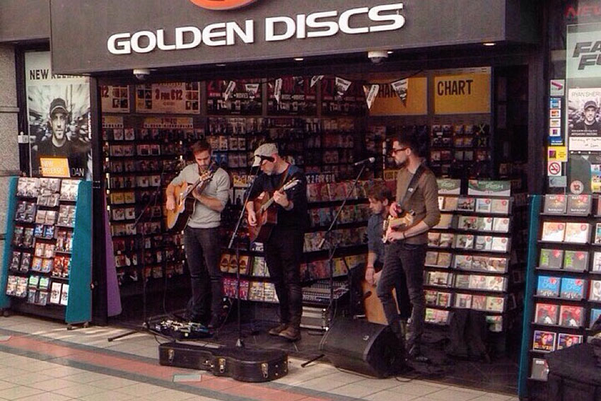 Ryan-Sheridan-Golden-Disc-6th-Sept